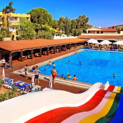 Pigale Beach Resort - Kusadasi