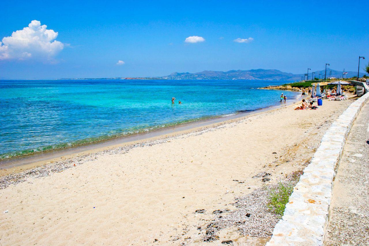 Megalochori - insula Agistri, Grecia