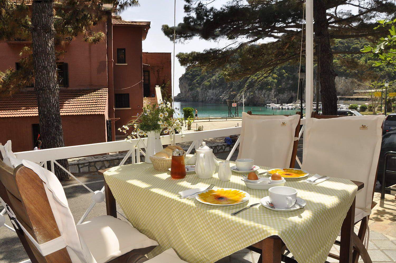 Hotel Zefiros Traditional - Paleokastritsa, Corfu