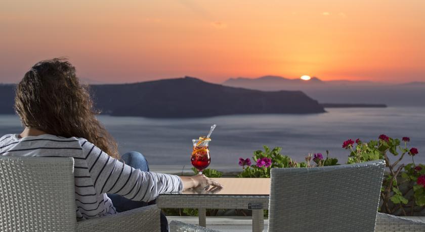 Apus de soare - Fira, Santorini
