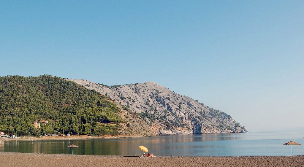 Pili Beach - insula Evia, Grecia