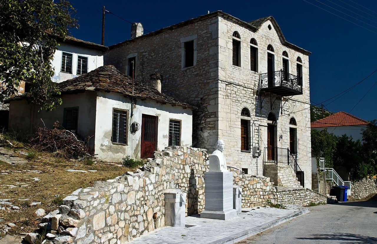 Casa memoriala Vassilis Vassilikos - Theologos, Thassos