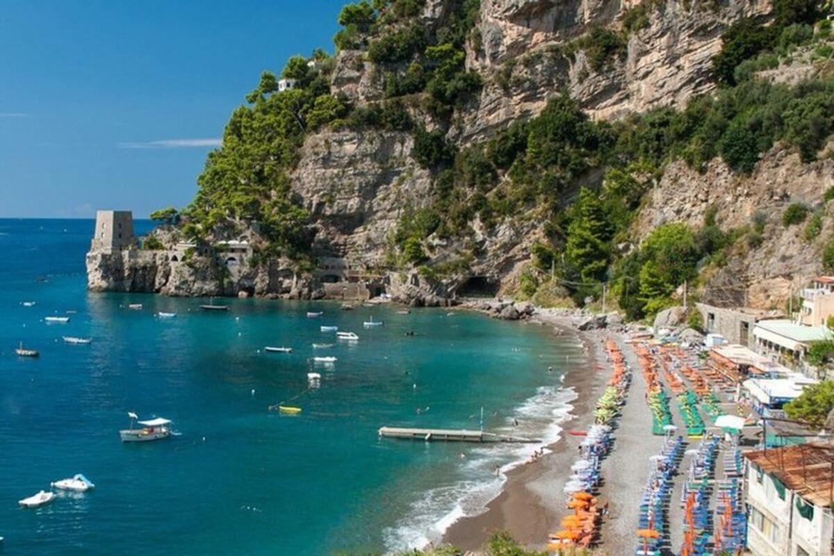 Spiaggia del Fornillo - Positano. Italia