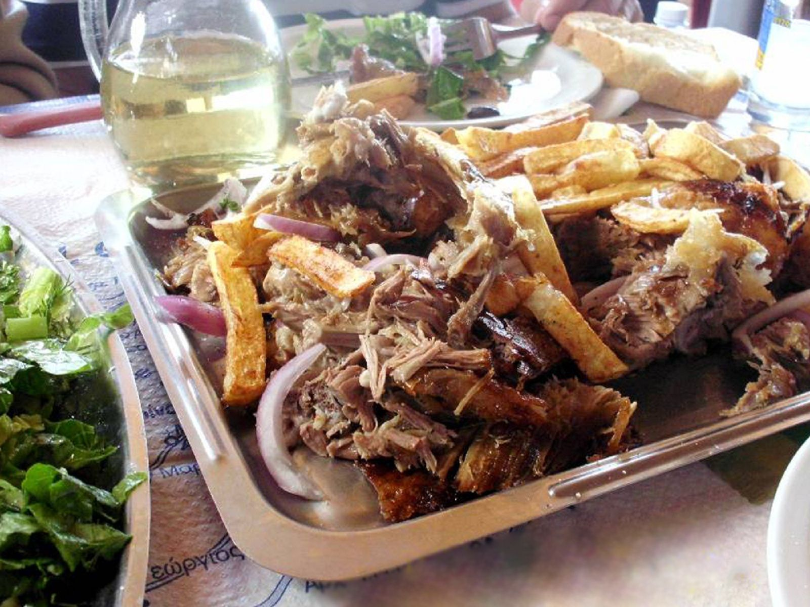 Carne de miel la Protap, Taverna Stelios - Theologos