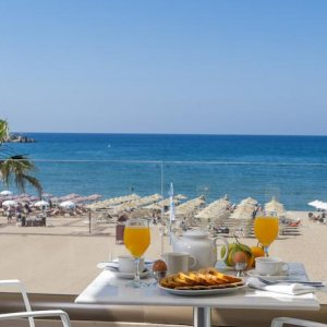 Plaja din Rethymno - insula Creta