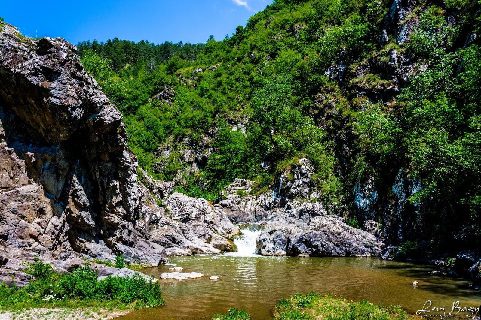 Cascada Ciucas & Cheile Turzii