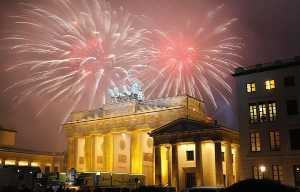 Foc de artificii Berlin - Poarta Brandenburg