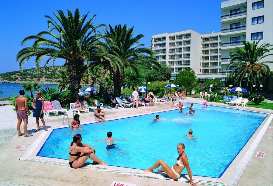 Hotel Tusan Beach Resort - Kusadasi