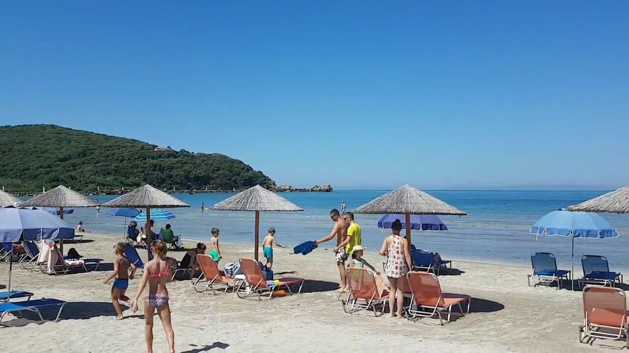 Plaja in Ammoudia - Grecia