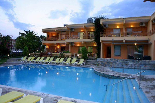 Hotel Dionysos - Hanioti, Halkidiki