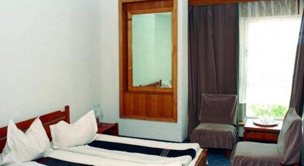 Camera Hotel Atena - Saturn