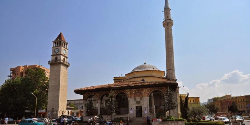 Turnul cu Ceas - Tirana