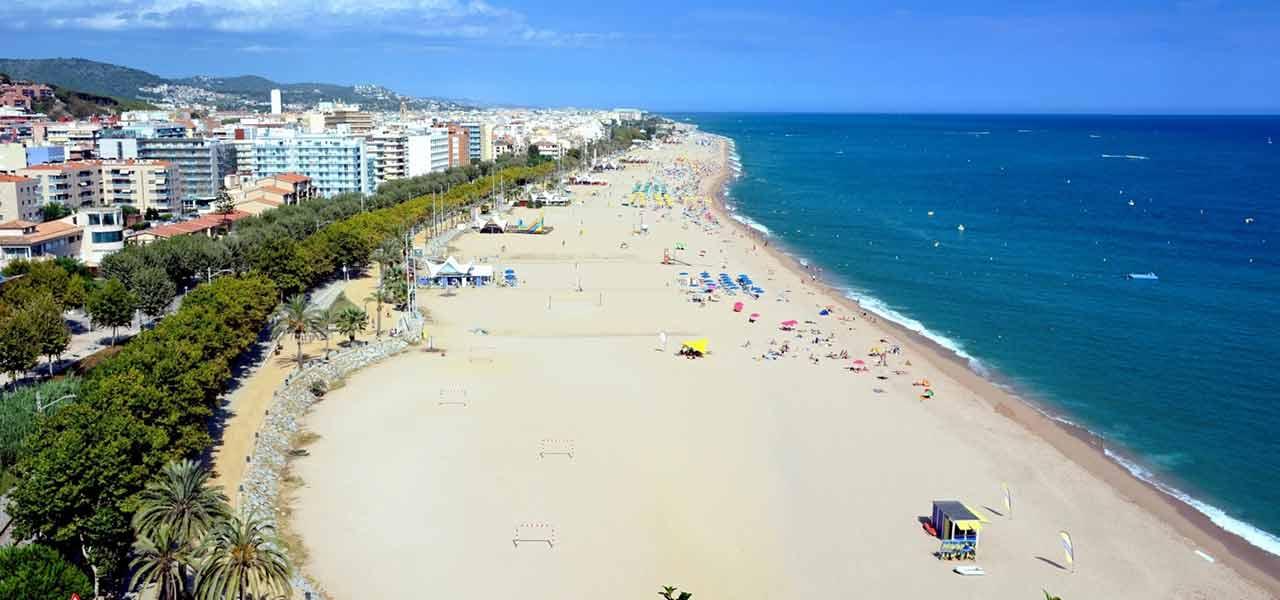 Plaja Garbi (Platja Garbi) - Calella, Spania
