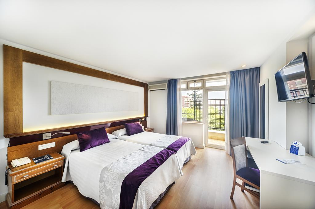 Camera Hotel San Cristobal - Marbella