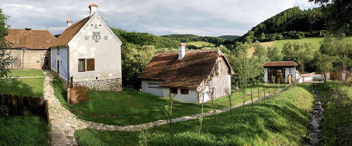 Viscri, satul facut celebru de Printul Charles