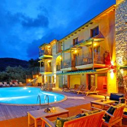 Enetiko Resort - Parga